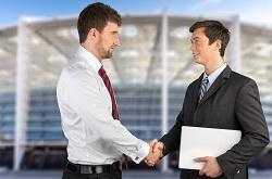 מהם היתרונות של עסק בלקיחת הלווואת חוץ בנקאיות?